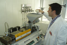 Equipo-biopolímeros_plasticos. de planta Tecnologias del envase